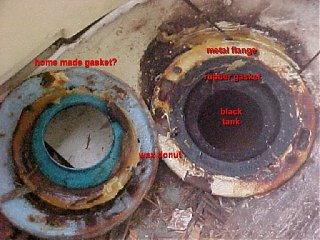 Click image for larger version  Name:toilet hole revealed (2).jpg Views:139 Size:98.9 KB ID:11124