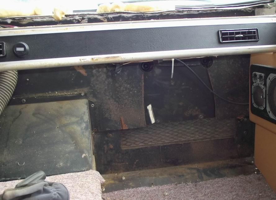 Click image for larger version  Name:Window leak repair 032.jpg Views:76 Size:77.6 KB ID:112143