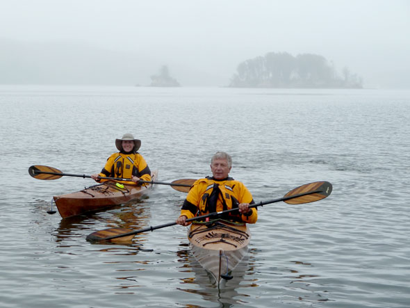 Click image for larger version  Name:P1010518 gray paddle day-s.jpg Views:115 Size:83.7 KB ID:112867