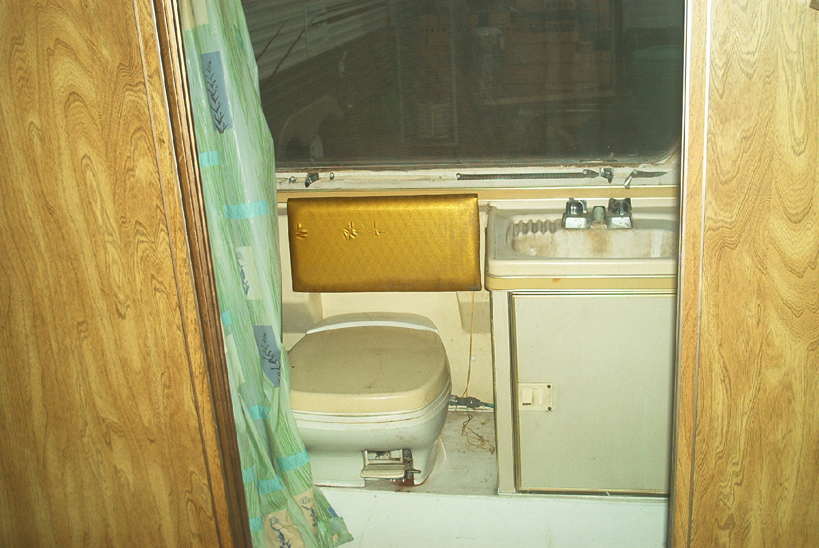 Click image for larger version  Name:Old Bath.jpg Views:107 Size:905.8 KB ID:113162