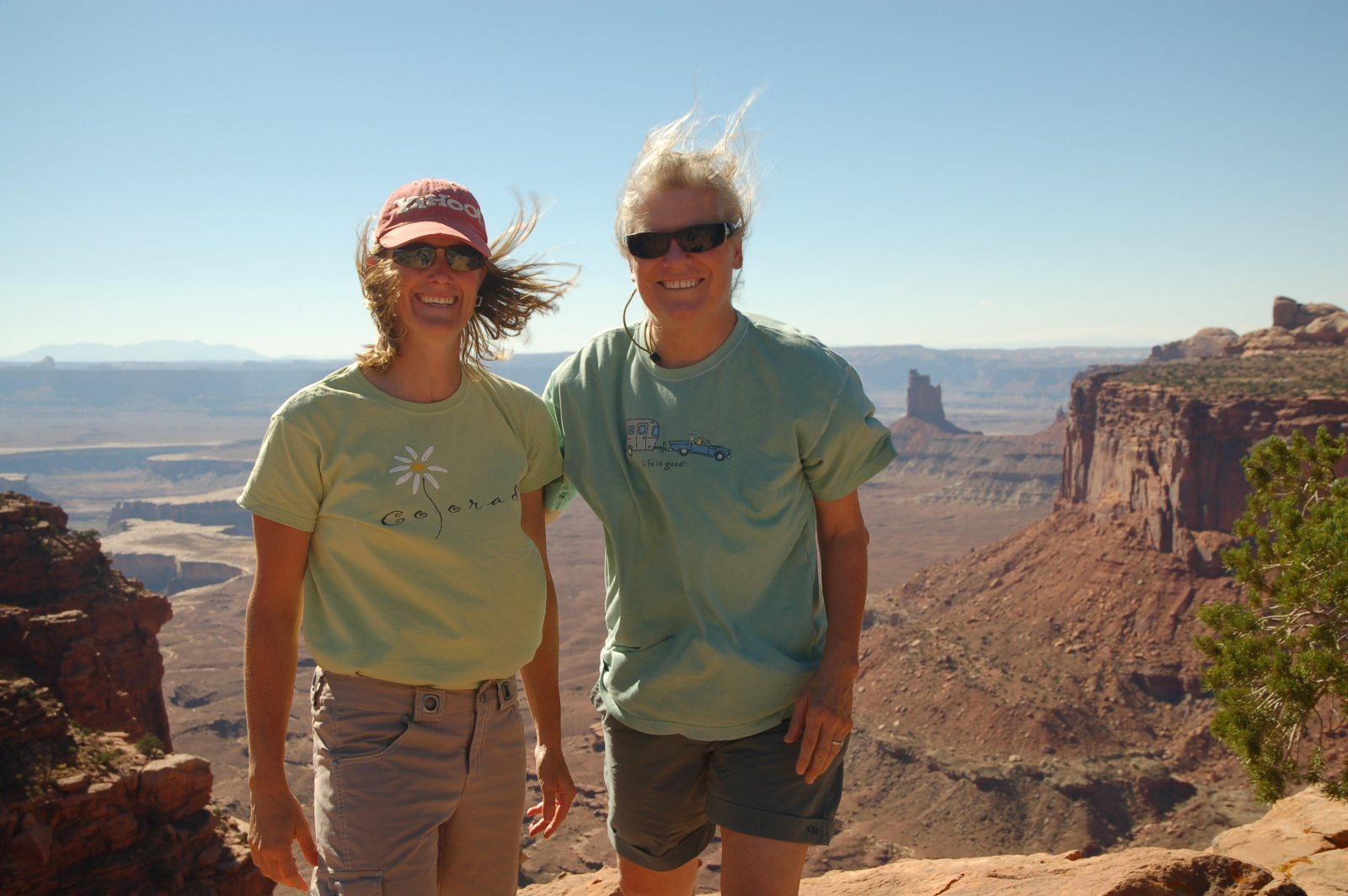 Click image for larger version  Name:canyonlands windy.jpg Views:107 Size:207.7 KB ID:113280