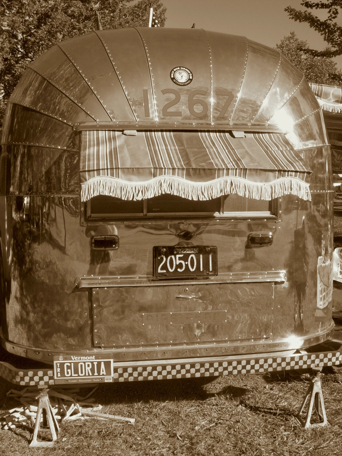 Click image for larger version  Name:back of 53 sepia.jpg Views:76 Size:445.8 KB ID:113660
