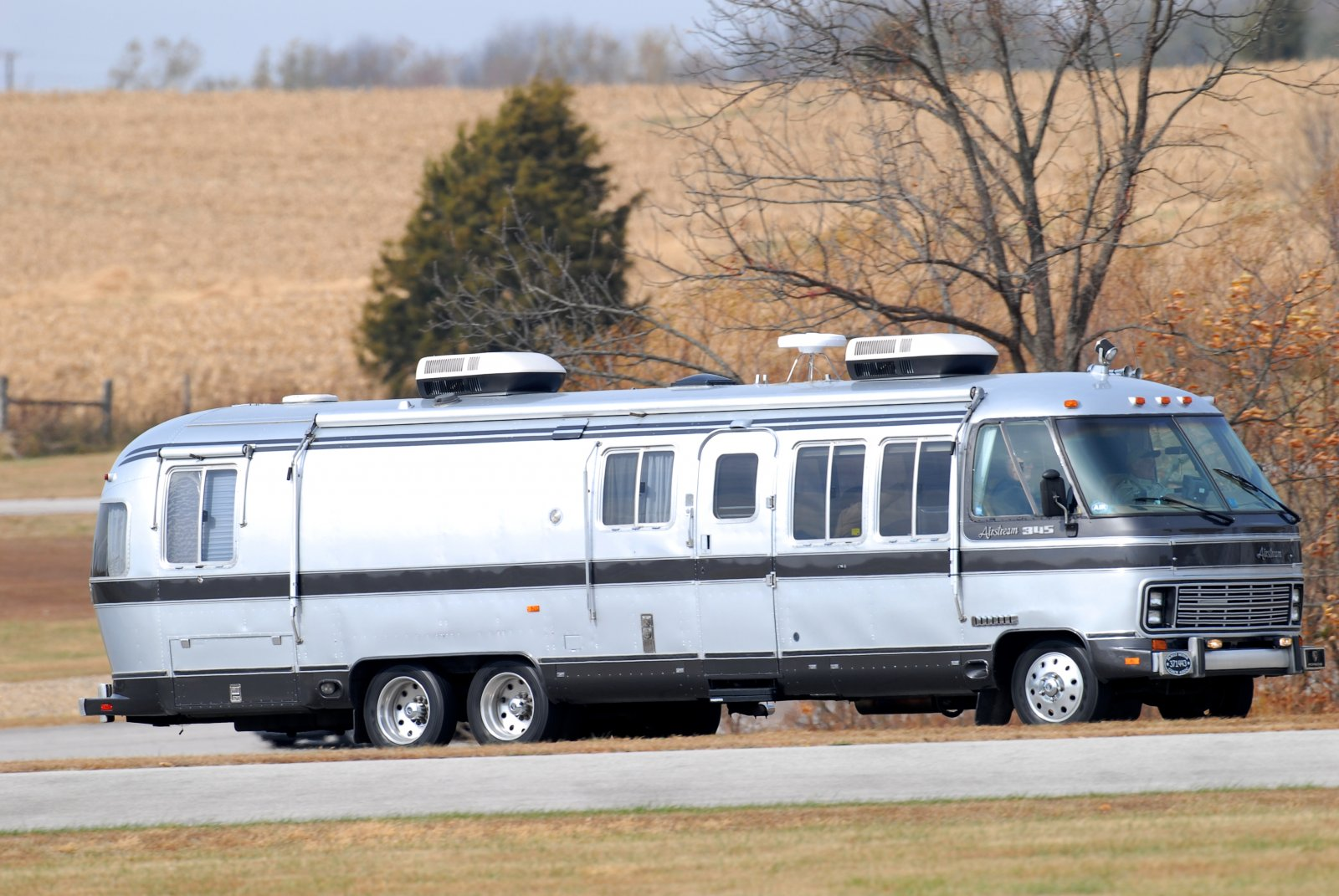 Click image for larger version  Name:Putnam Airstream 013.jpg Views:88 Size:273.0 KB ID:114327