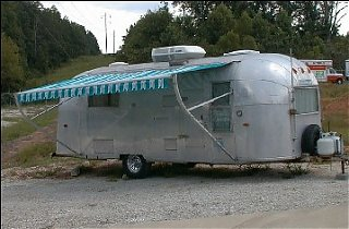 Click image for larger version  Name:Moonshots Carefree Awning.jpg Views:512 Size:32.9 KB ID:11462