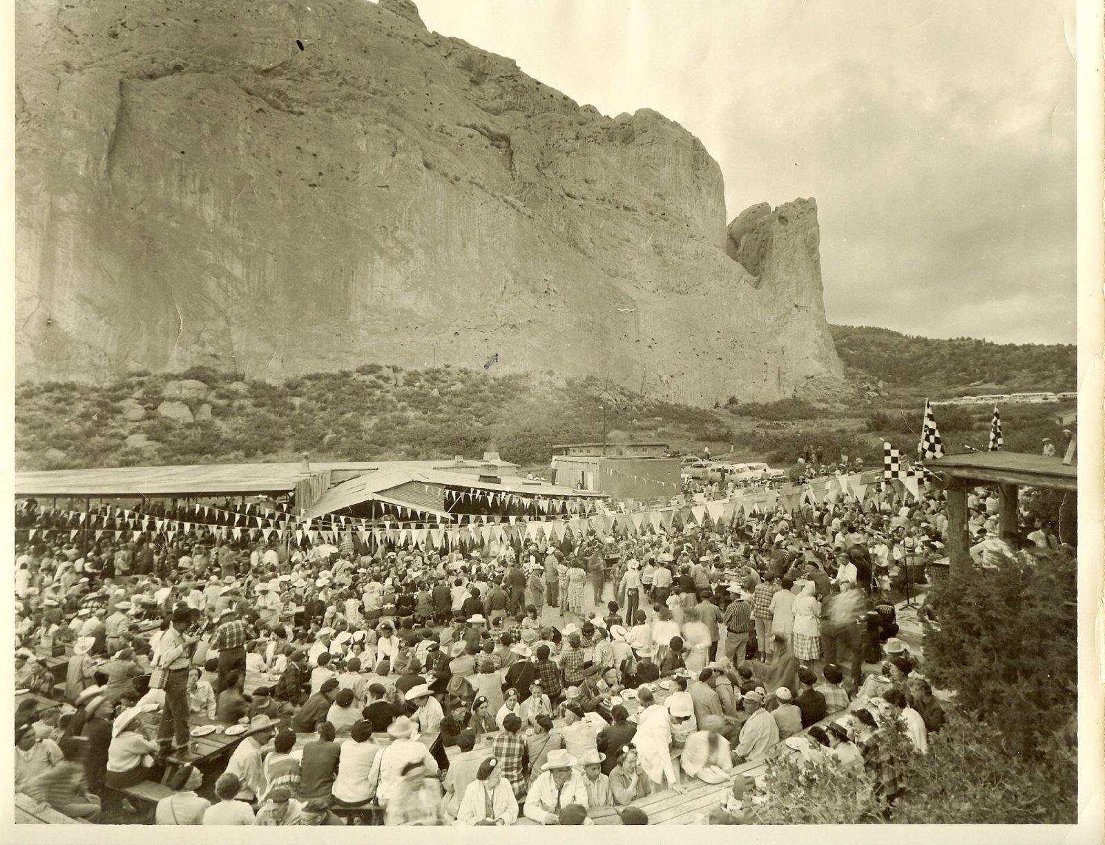 Click image for larger version  Name:Garden of Gods 1960.jpg Views:135 Size:405.2 KB ID:115467