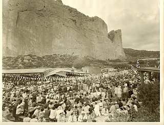 Click image for larger version  Name:Garden of Gods 1960.jpg Views:169 Size:405.2 KB ID:115467