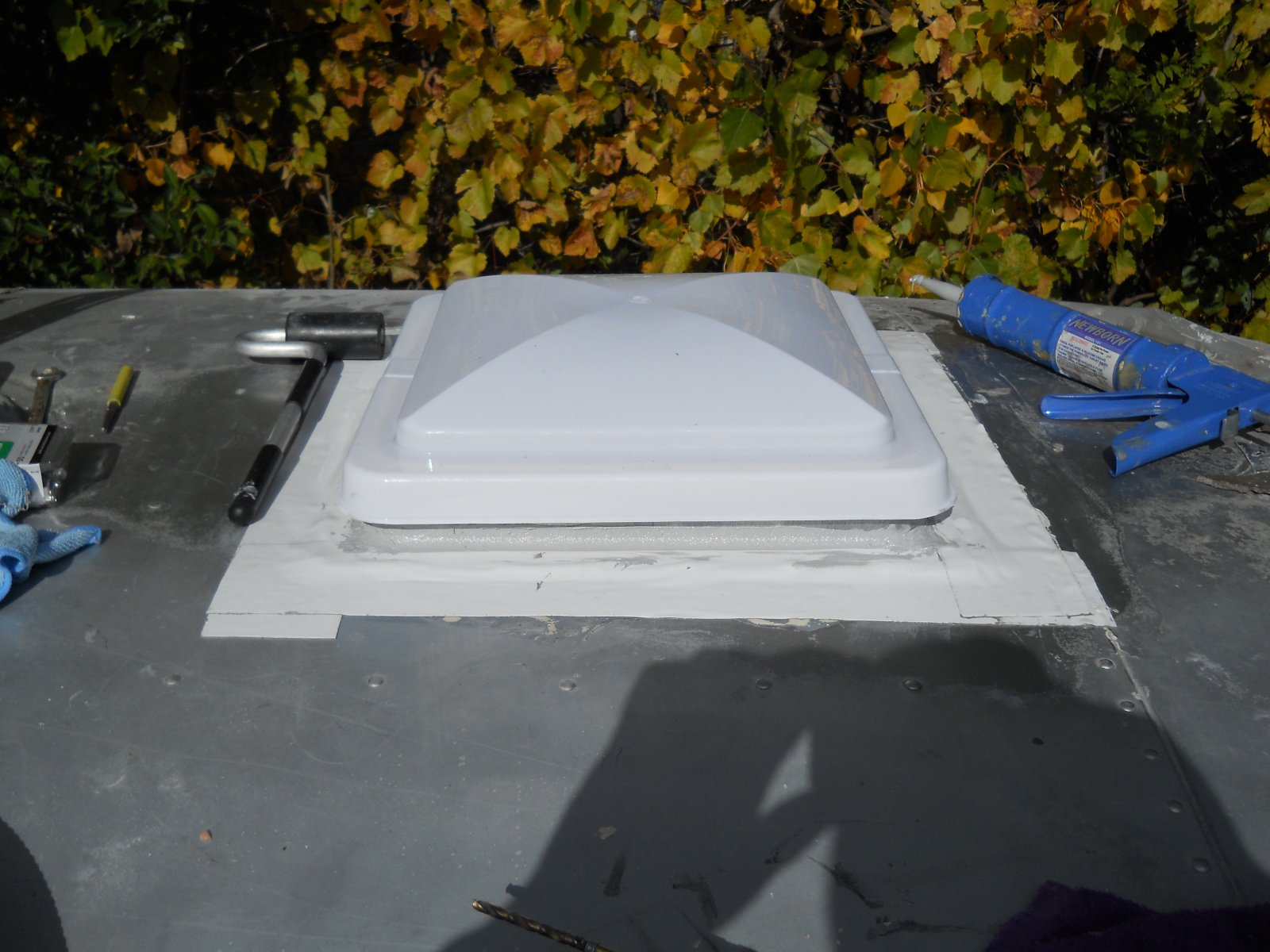 Click image for larger version  Name:Fixen leaks roof 023.jpg Views:67 Size:243.1 KB ID:115513