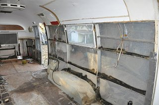 Click image for larger version  Name:curb stripped.jpg Views:314 Size:151.0 KB ID:116020