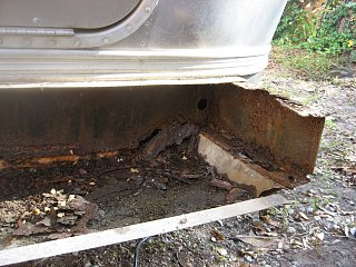 Click image for larger version  Name:Airstream bumper 006.jpg Views:983 Size:763.8 KB ID:116087