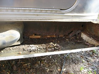 Click image for larger version  Name:Airstream bumper 007.jpg Views:516 Size:586.0 KB ID:116089
