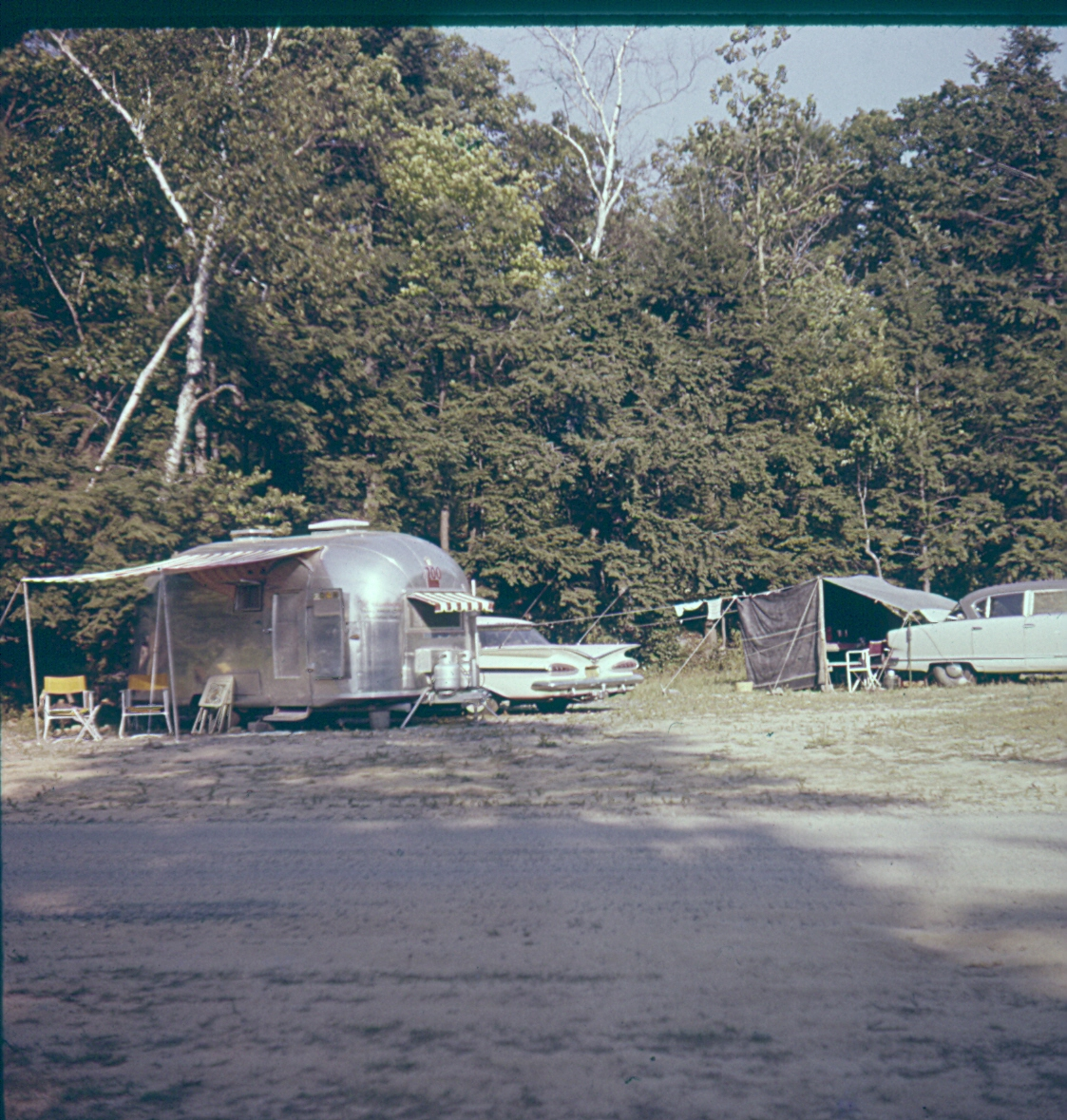Click image for larger version  Name:camping 1959.jpg Views:113 Size:762.7 KB ID:116230