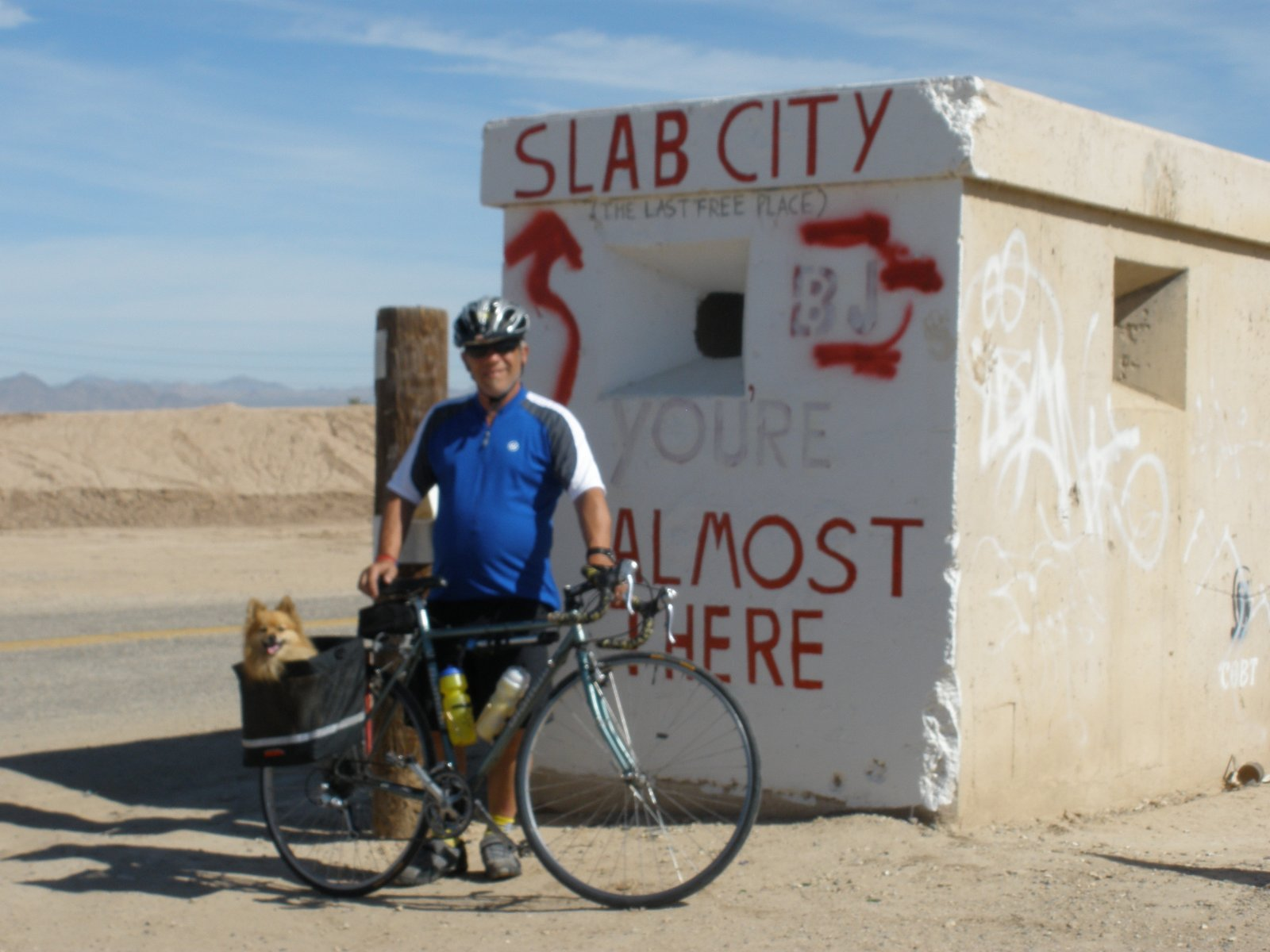 Click image for larger version  Name:P2280153 Slab City.jpg Views:91 Size:186.5 KB ID:116569