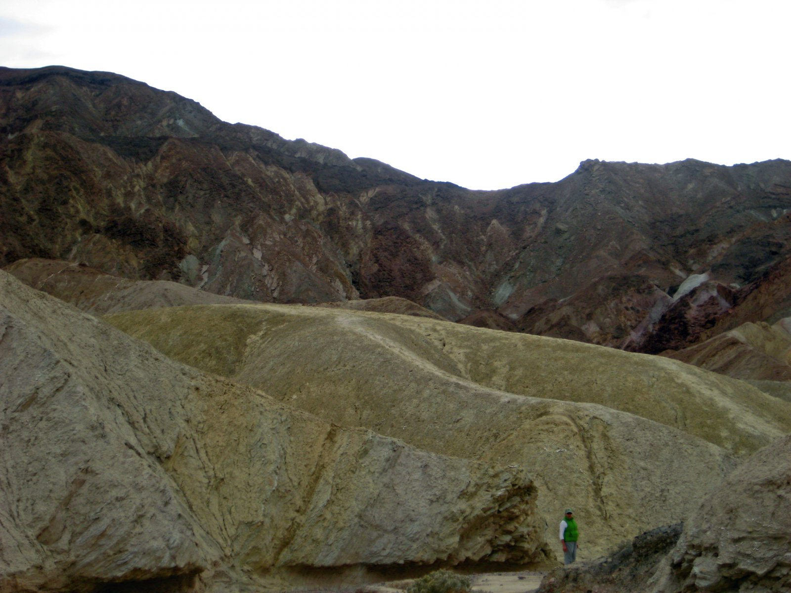 Click image for larger version  Name:Trail above Gower Gulch.jpg Views:72 Size:271.3 KB ID:116598