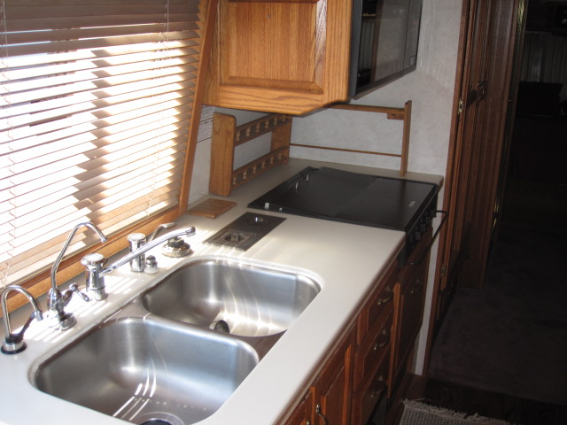 Click image for larger version  Name:airstream 004.JPG Views:159 Size:111.9 KB ID:116823