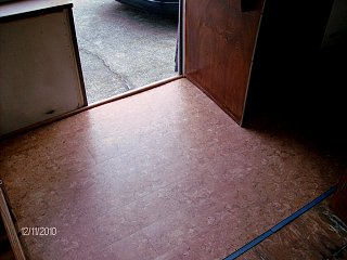 Click image for larger version  Name:floor at door.jpg Views:107 Size:122.4 KB ID:116841
