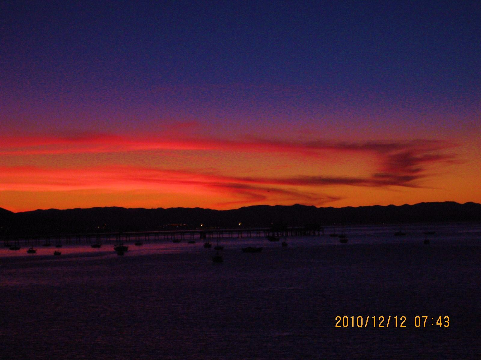 Click image for larger version  Name:Avila Sunrise.jpg Views:60 Size:379.1 KB ID:116981