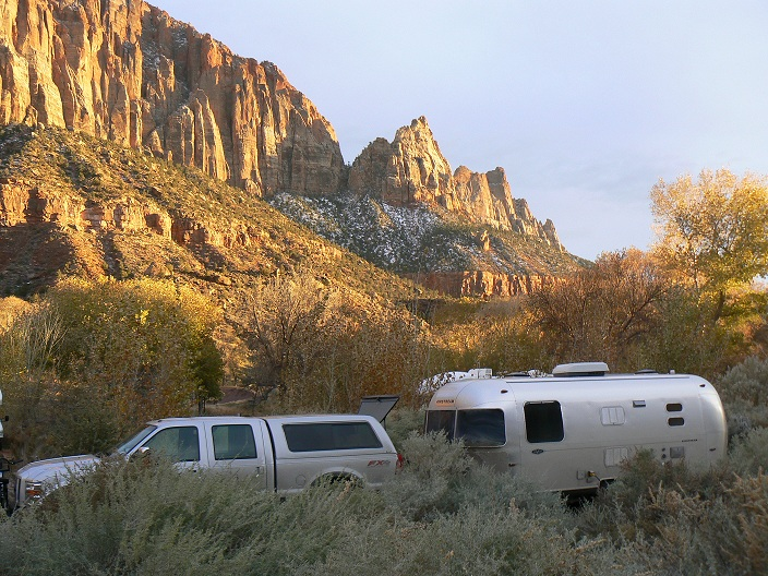 Click image for larger version  Name:Zion Campsite resized for upload 25 percent.jpg Views:82 Size:222.2 KB ID:117279