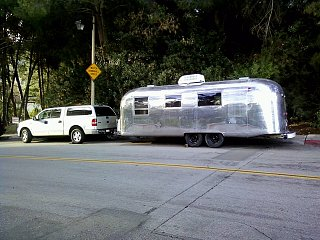 Click image for larger version  Name:trailer and truck.JPG Views:92 Size:886.3 KB ID:117334