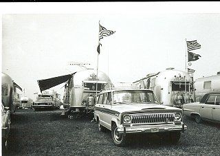 Click image for larger version  Name:Wagoneer.jpg Views:219 Size:263.7 KB ID:117439