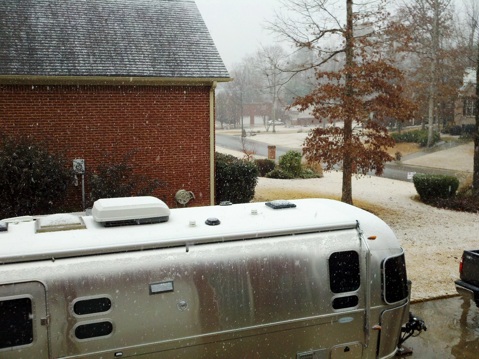 Click image for larger version  Name:Xmas Snow.jpg Views:77 Size:1.02 MB ID:117849