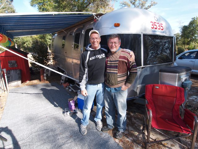 Click image for larger version  Name:Camping on the Gulf Dec 2010 010.jpg Views:139 Size:103.7 KB ID:118105