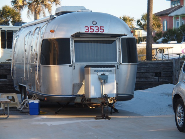Click image for larger version  Name:Camping on the Gulf Dec 2010 048.jpg Views:114 Size:105.2 KB ID:118106