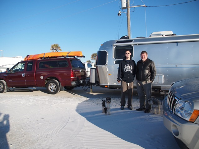 Click image for larger version  Name:Camping on the Gulf Dec 2010 051.jpg Views:143 Size:91.3 KB ID:118107