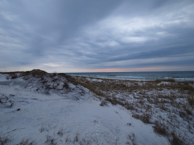 Click image for larger version  Name:Camping on the Gulf Dec 2010 014.jpg Views:103 Size:81.1 KB ID:118108