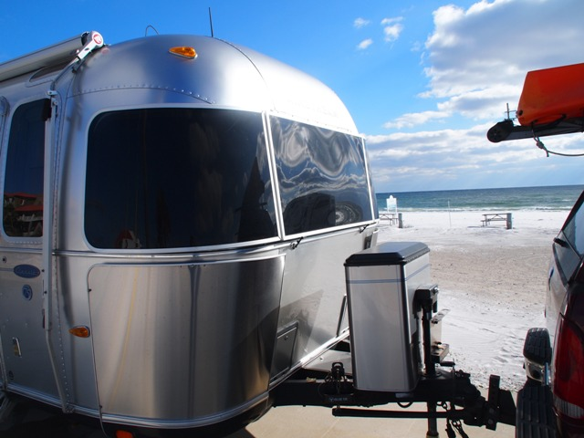 Click image for larger version  Name:Camping on the Gulf Dec 2010 039.jpg Views:98 Size:91.8 KB ID:118110