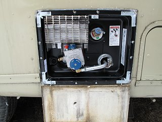 Click image for larger version  Name:Water heater.jpg Views:365 Size:926.4 KB ID:118329