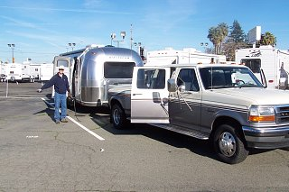 Click image for larger version  Name:Don's airstream 002.jpg Views:161 Size:282.8 KB ID:118370