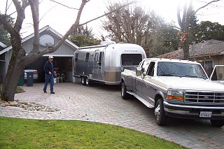 Click image for larger version  Name:Don's airstream 003.jpg Views:170 Size:344.4 KB ID:118371