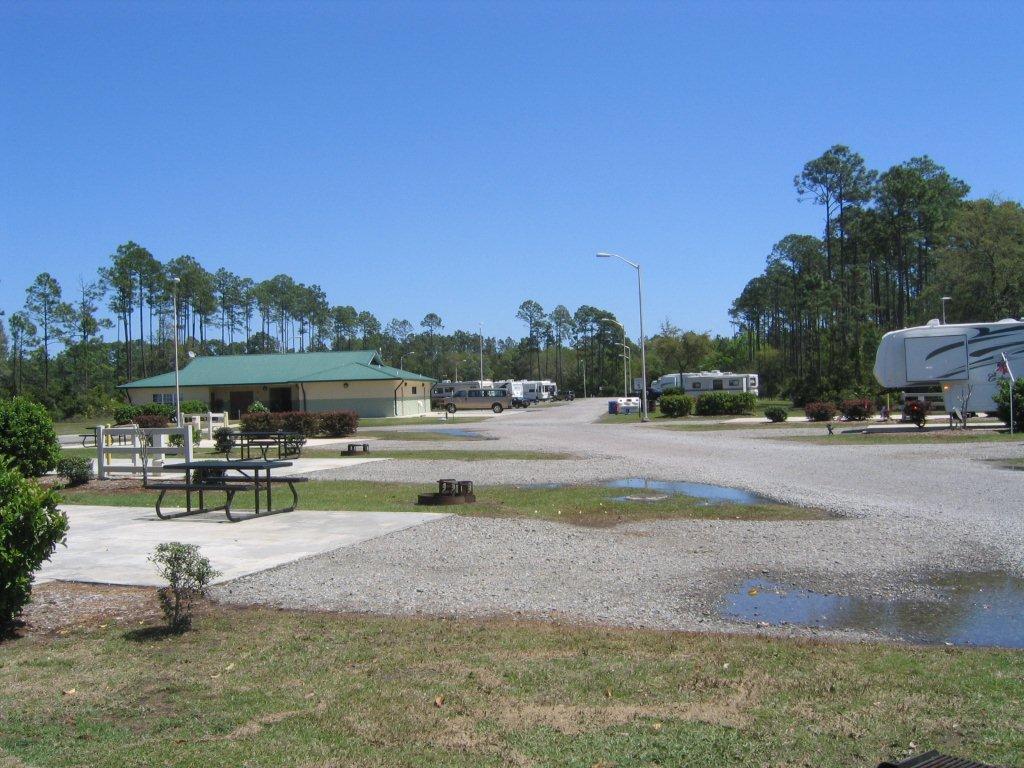 Click image for larger version  Name:Eagle Hammock RV Park, Kings Bay, GA (2).jpg Views:157 Size:150.0 KB ID:118949