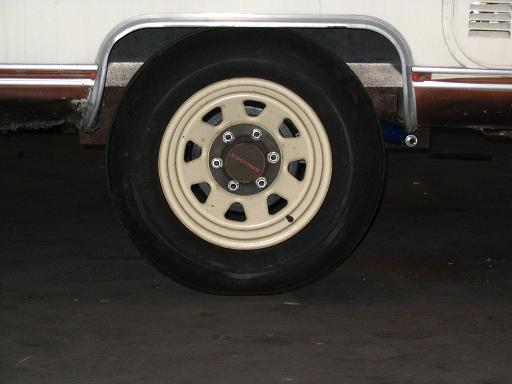 Click image for larger version  Name:righthand wheel well.JPG Views:79 Size:27.8 KB ID:11943