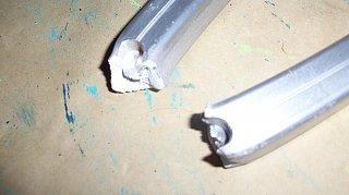 Click image for larger version  Name:Awaning damage 2010 004.jpg Views:130 Size:154.8 KB ID:119626