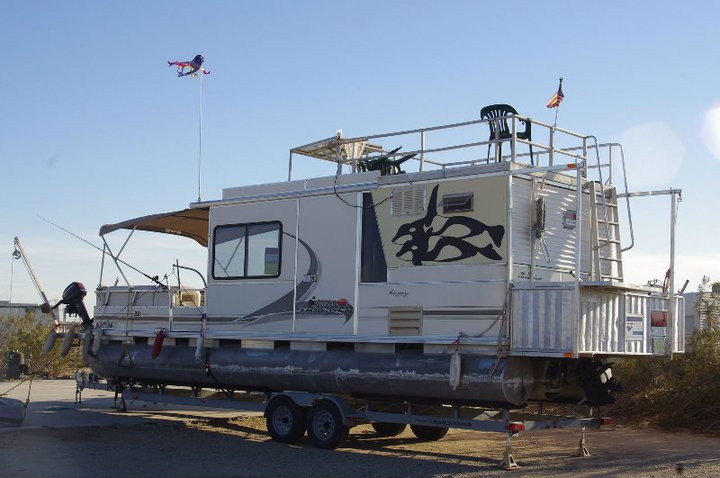 Click image for larger version  Name:SS11 RV NAVY.jpg Views:86 Size:66.6 KB ID:120199