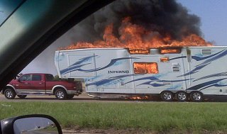 Click image for larger version  Name:5thwheel fire.jpg Views:323 Size:55.5 KB ID:121153