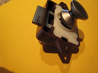 Click image for larger version  Name:Cabinet Latch.jpg Views:148 Size:161.9 KB ID:121294