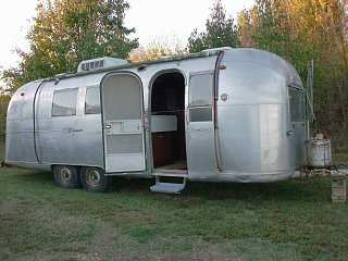 Click image for larger version  Name:airstream 027.jpg Views:95 Size:367.5 KB ID:121478