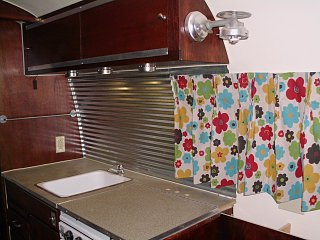 Click image for larger version  Name:galley curtains.jpg Views:93 Size:287.1 KB ID:121834
