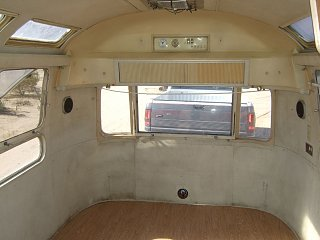 Click image for larger version  Name:airstream-029.jpg Views:147 Size:96.9 KB ID:122749