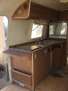 Click image for larger version  Name:airstream-033.jpg Views:128 Size:209.0 KB ID:122754