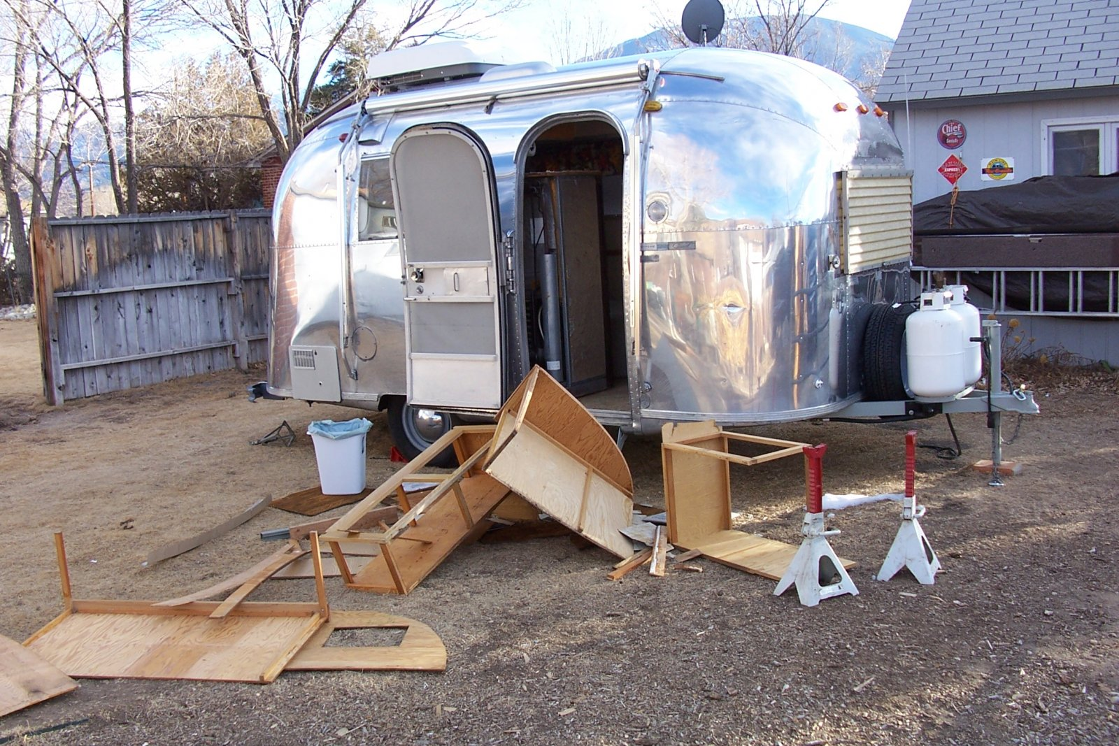 Click image for larger version  Name:airstream 004.jpg Views:117 Size:425.0 KB ID:123278
