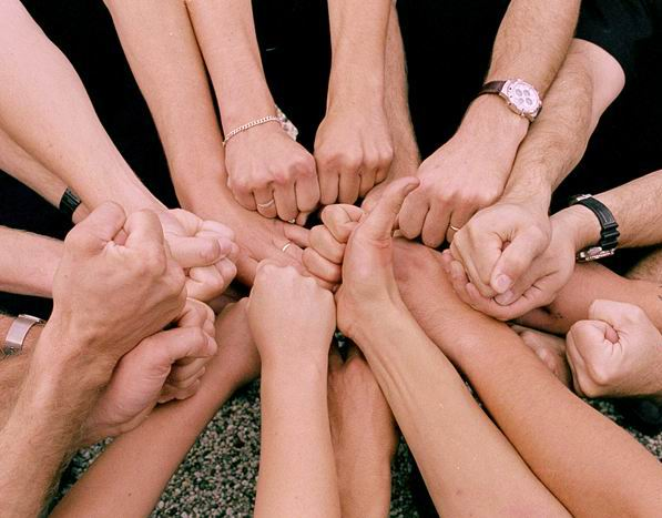 Click image for larger version  Name:hands-in-a-huddle.jpg Views:62 Size:47.3 KB ID:123619