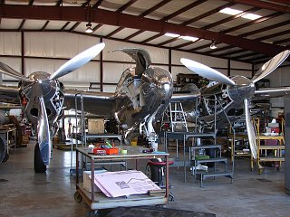 Click image for larger version  Name:SHINY P-38.jpg Views:108 Size:168.2 KB ID:124385