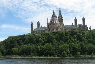 Click image for larger version  Name:Parliament from the river.jpg Views:101 Size:210.2 KB ID:125094