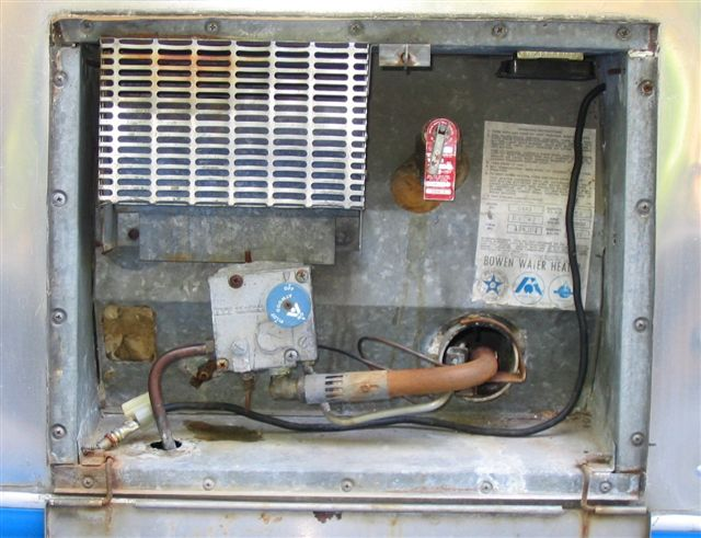 Click image for larger version  Name:waterheater.JPG Views:258 Size:62.6 KB ID:12606