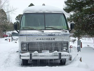 Click image for larger version  Name:DSCN0365 bess in ice.jpg Views:81 Size:195.3 KB ID:126581