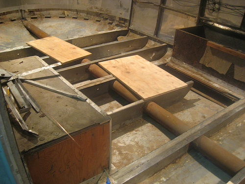 Click image for larger version  Name:Pipe frame floor removed.jpg Views:233 Size:131.8 KB ID:127795