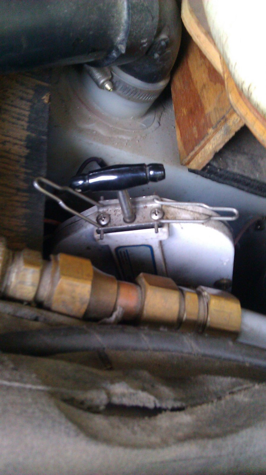 Click image for larger version  Name:Thetford valve.jpg Views:120 Size:187.4 KB ID:127961